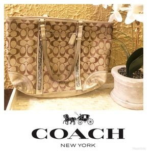 Coach Gold / Tan Purse with Silver Beading 🌸